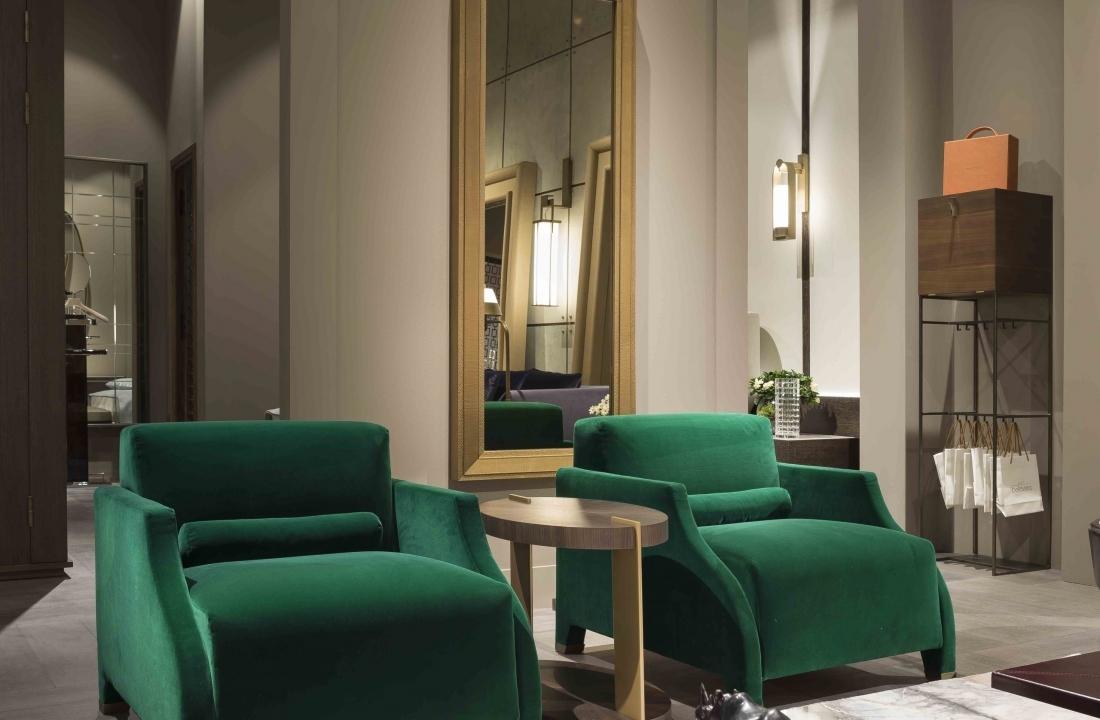 The Charm of Green Velvet: FILOMENA Armchair Revamped