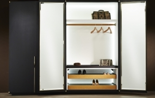 Wardrobes from Bellavista Collection: A Must-Have in a Luxurious Bedroom